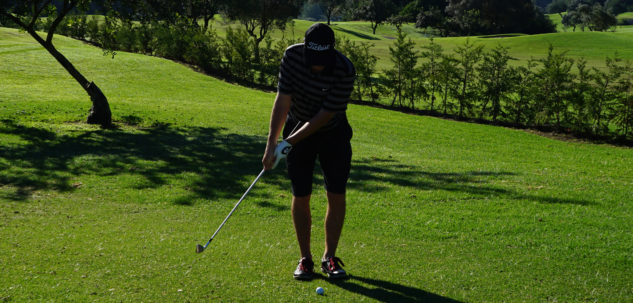 golfersgateway-chipping-shot